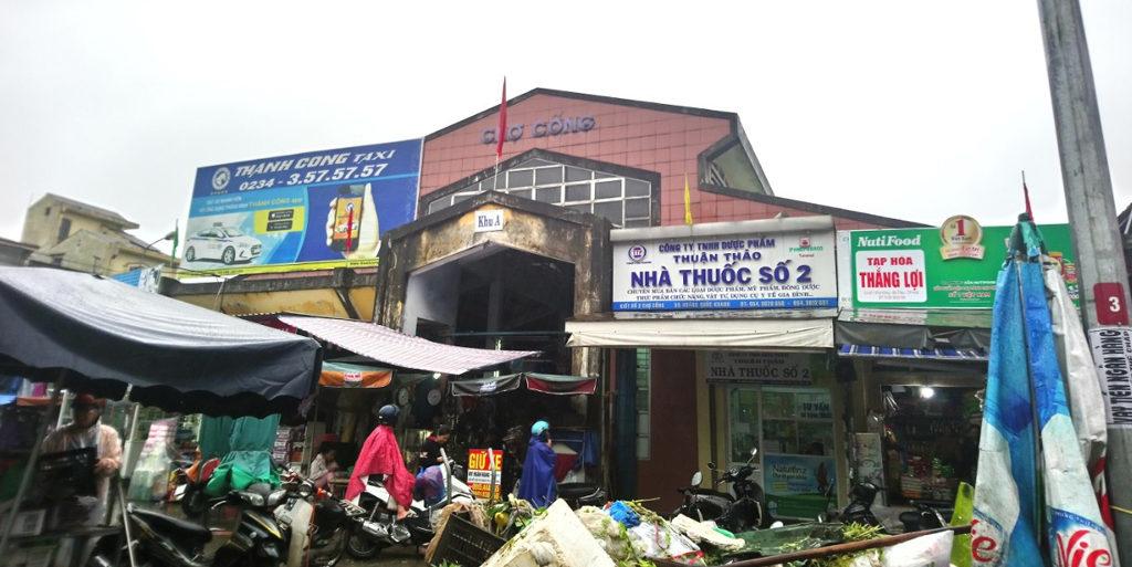 Promenade insolite à Hué