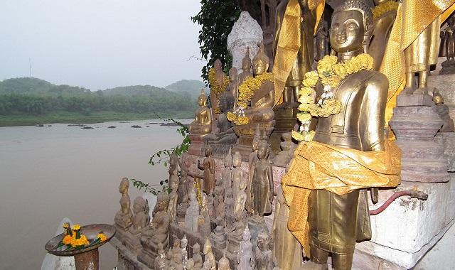 Temples sous roche