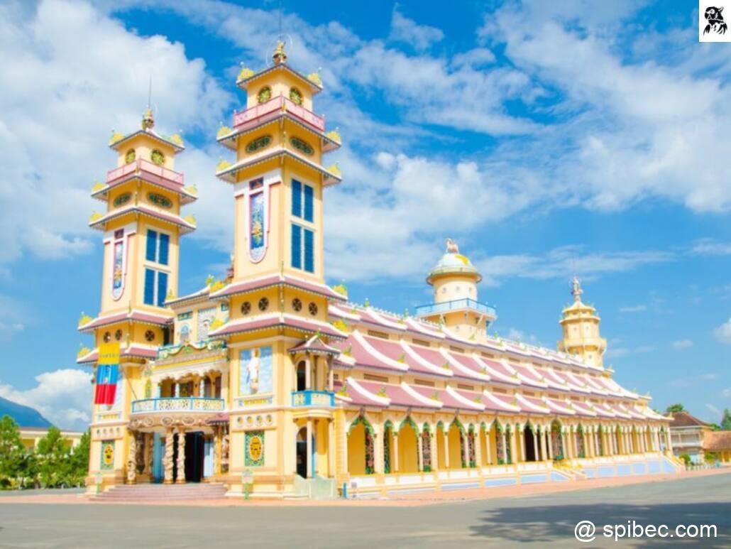 Le temple Cao Dai – Tay Ninh