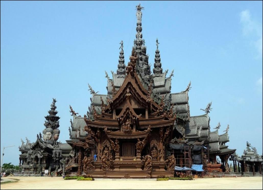 Le sanctuaire de la vérité Pattaya