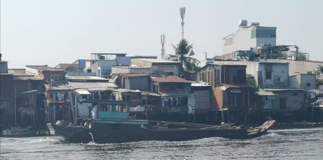 Pollution de la rivière Saigon