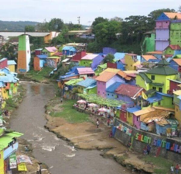 Les bidonvilles de Malang Villages arc-en-ciel